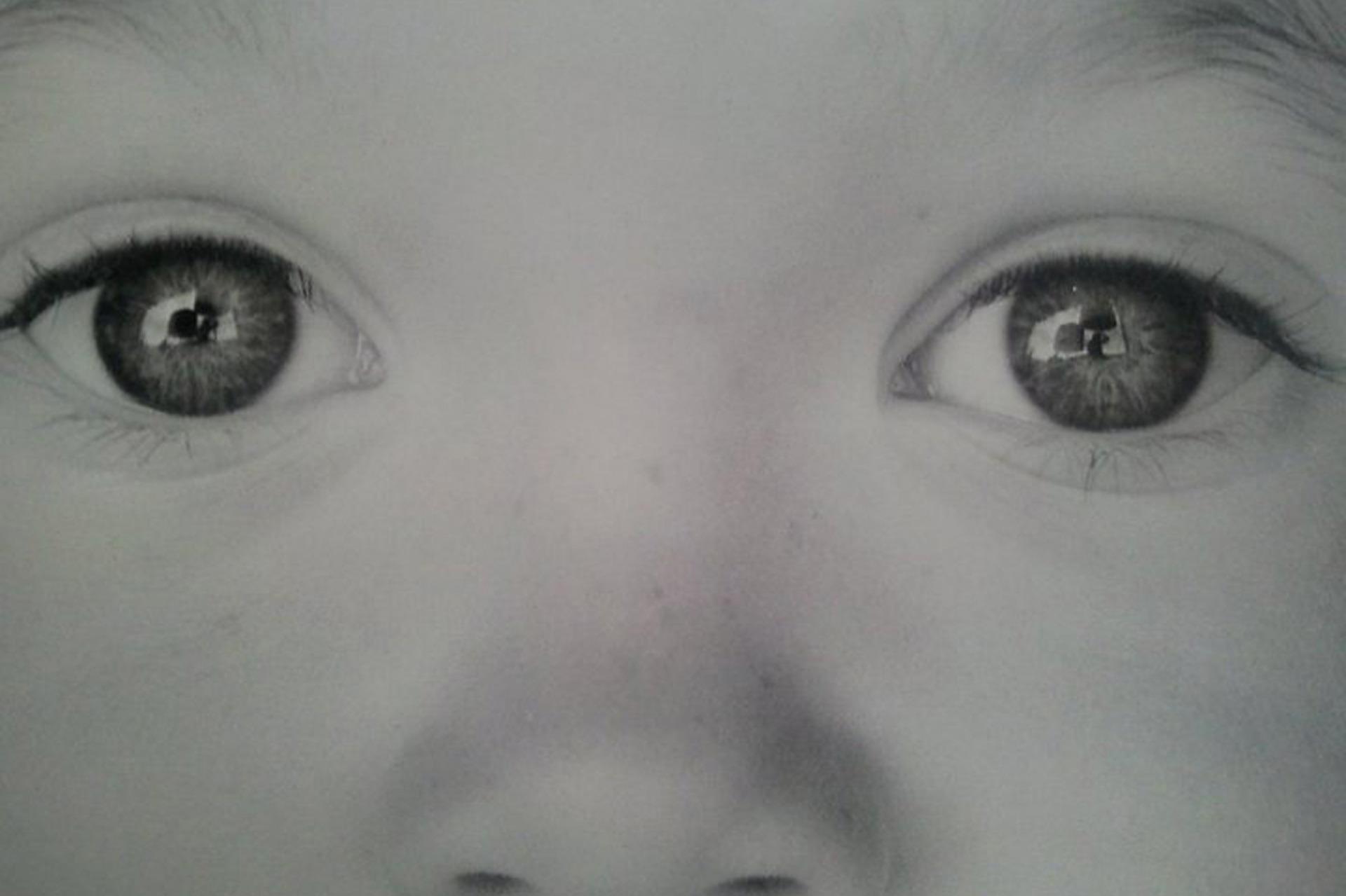 子どもの目